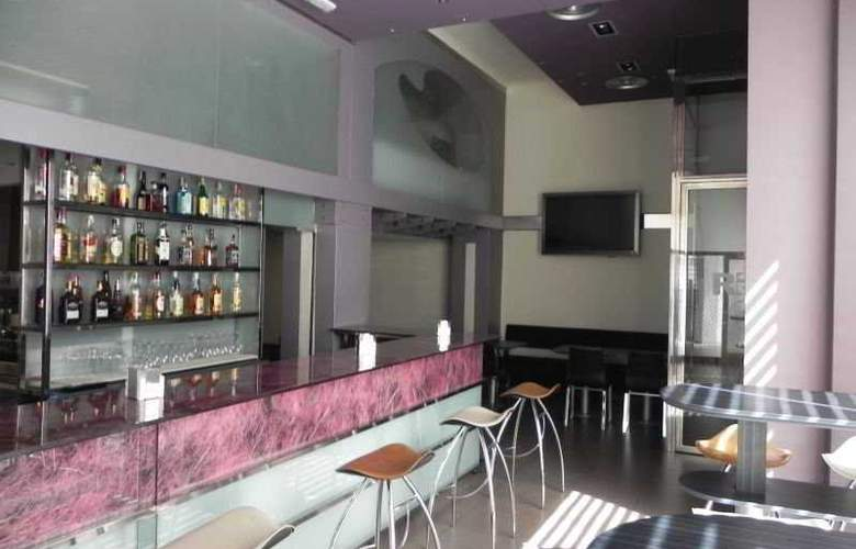Reino de Granada - Bar - 4
