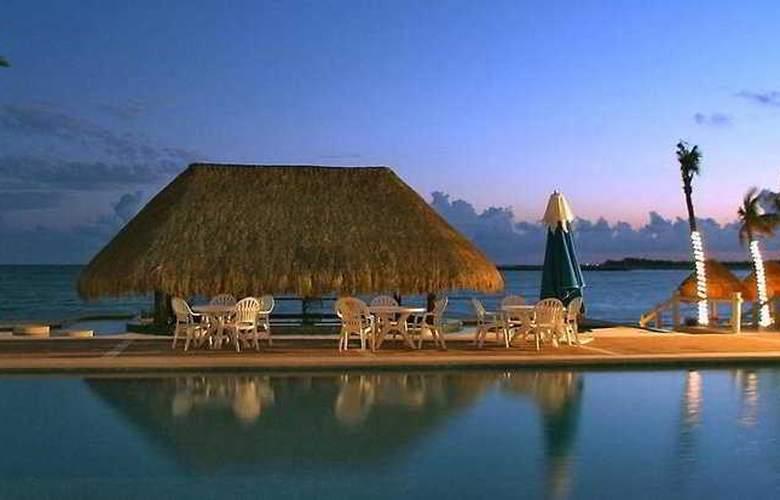 Omni Puerto Aventuras Beach Resort - Pool - 2