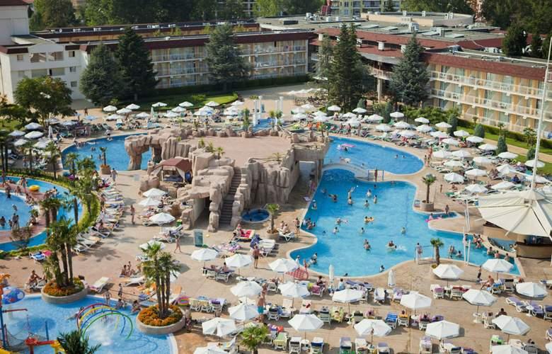 Evrika Beach Club - Pool - 24