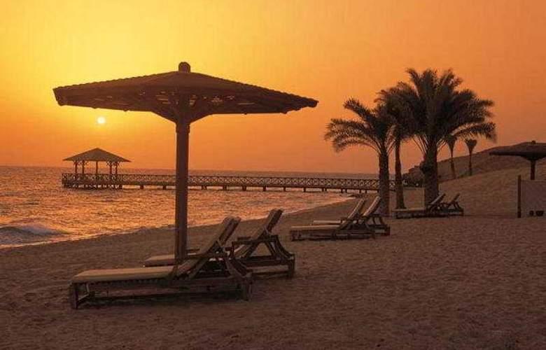 Oberoi Sahl Hasheesh - Beach - 7