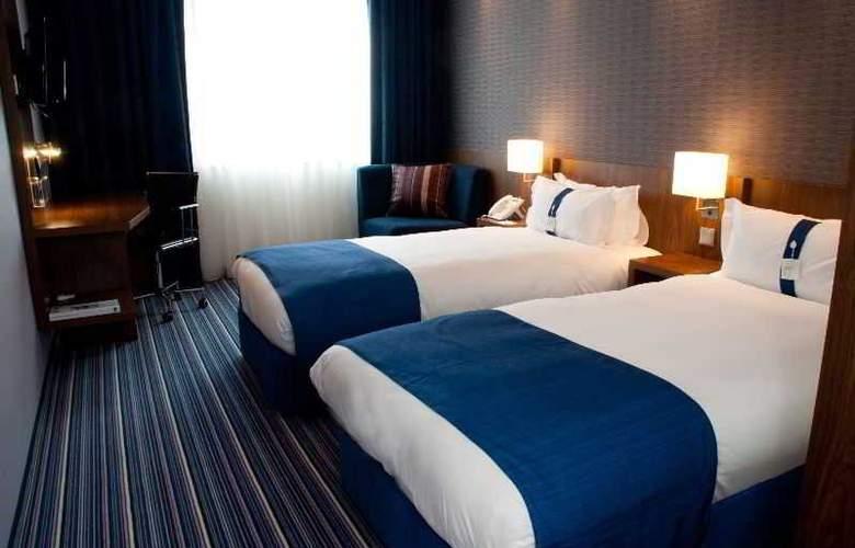 Holiday Inn Express Warsaw Airport - Room - 3