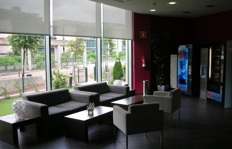 Holiday Inn Express Sant Cugat - General - 1
