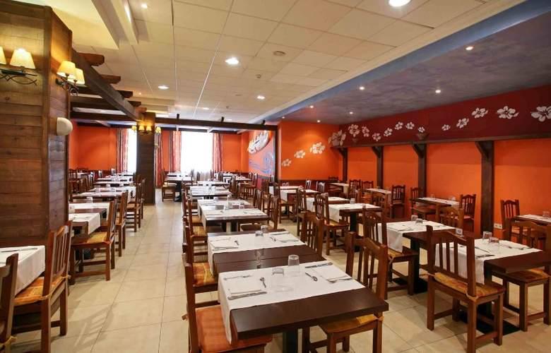 Hotel & Spa Peñíscola Plaza Suites - Restaurant - 38