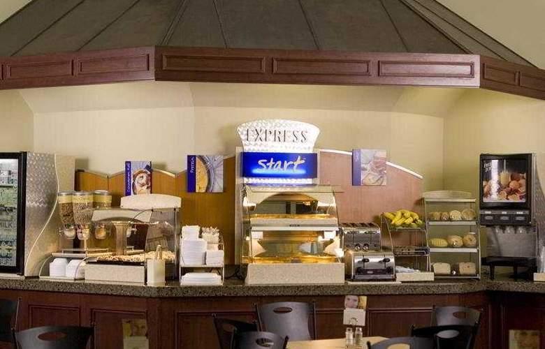 Holiday Inn Express Halifax/Bedford - Restaurant - 6