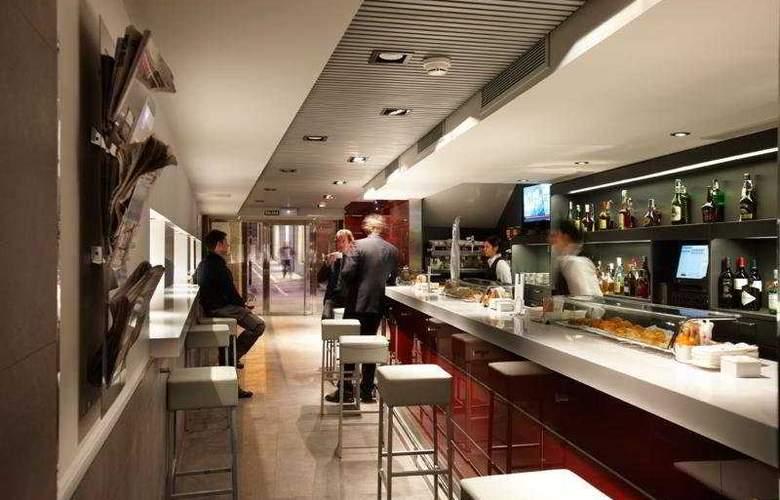 Palacio Guendulain - Bar - 10