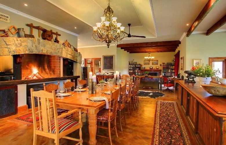 Madi Madi Karoo Safari Lodge - Restaurant - 4