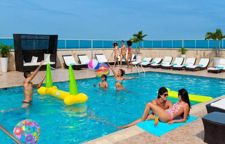 Cartagena Plaza - Pool - 20