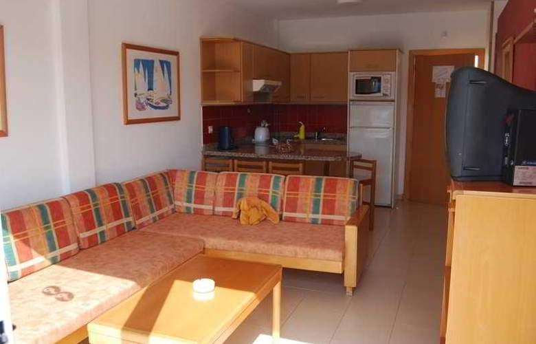 Altamadores - Room - 0