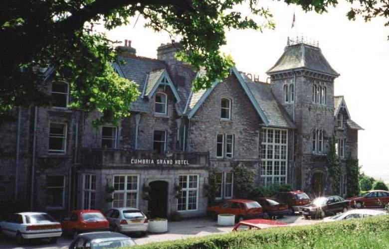 Cumbria Grand Hotel - Hotel - 0