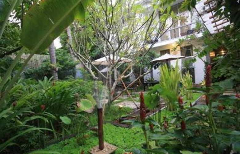 Frangipani Villa 90s - Hotel - 8