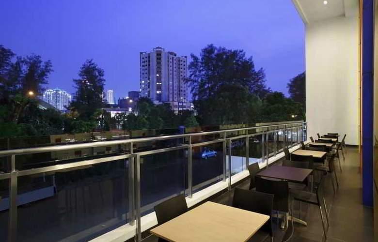 Amaris Hotel Dr. Susilo Grogol - Terrace - 16