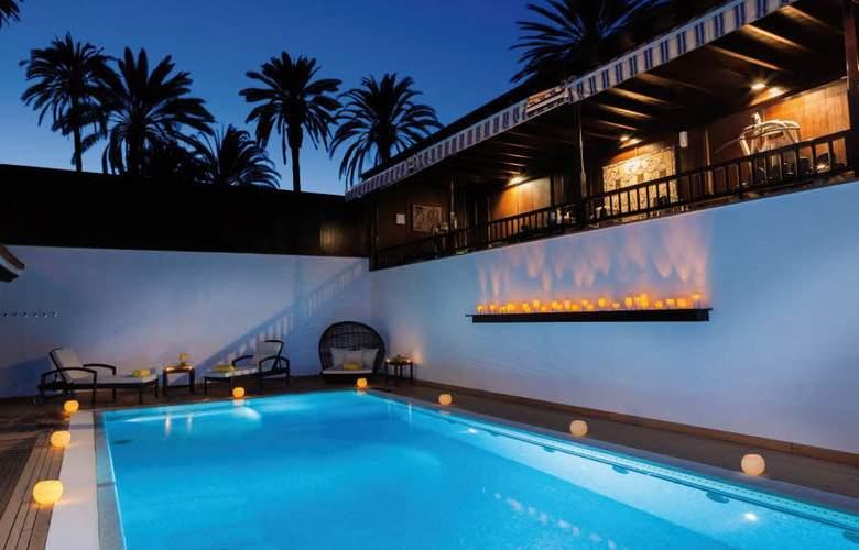 Seaside Grand Hotel Residencia - Pool - 2