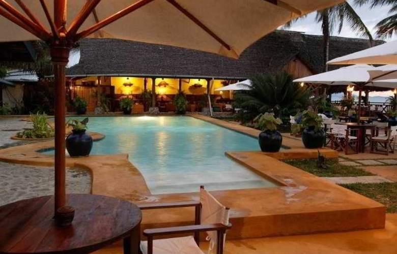 Nosy Be Hotel - Pool - 1