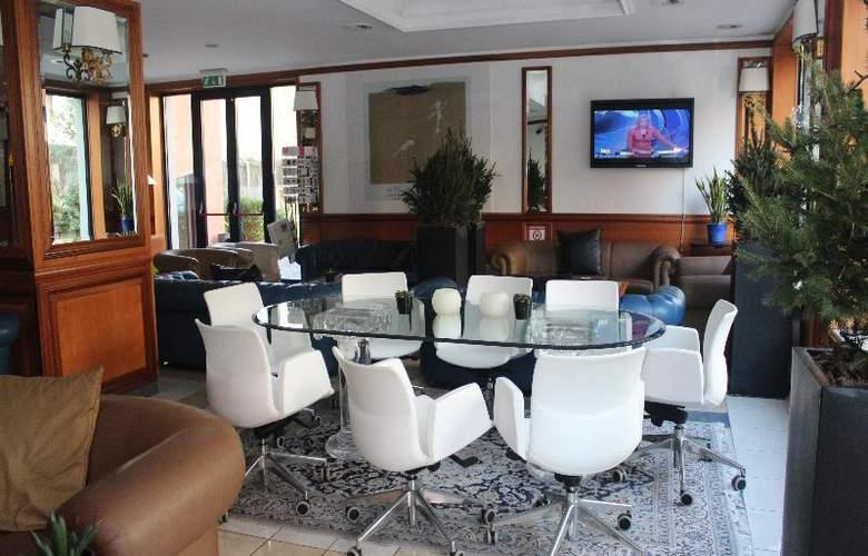 Grand Hotel Tiberio - General - 11