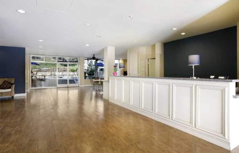 Days Inn & Suites- Santa Barbara - General - 1