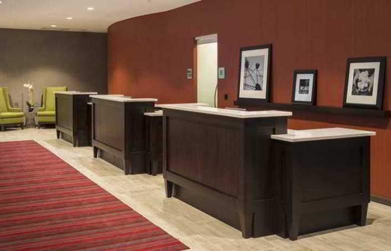 Hampton Inn Chicago Downtown/Magnificent Mile - Hotel - 10