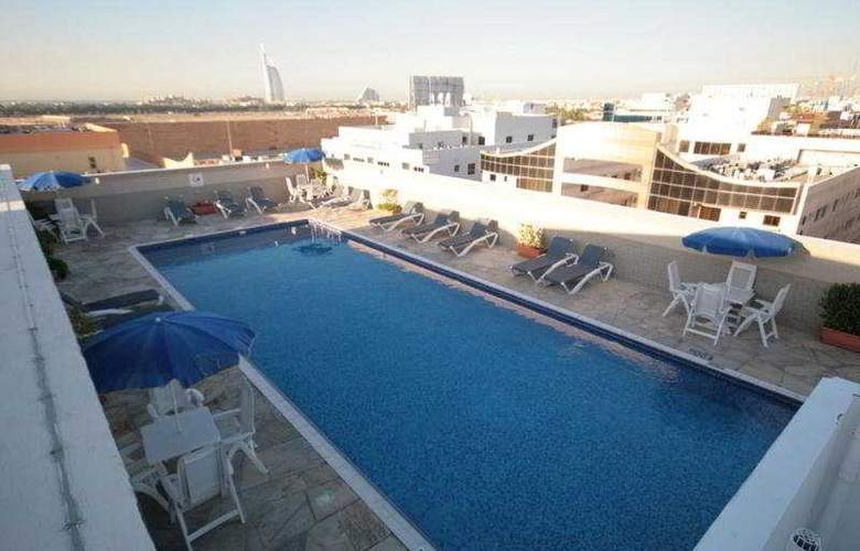 Rose Garden Apt Al Barsha - Pool - 5