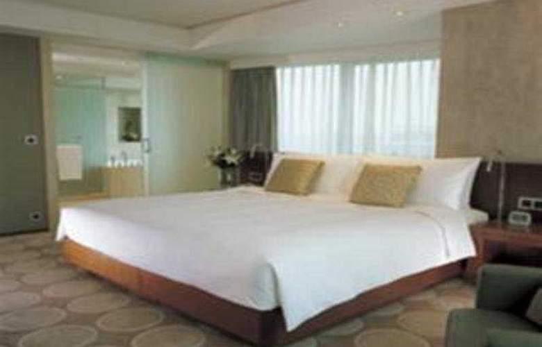 The Eton - Room - 10