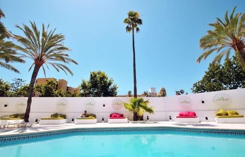 Lively Mallorca - Pool - 7