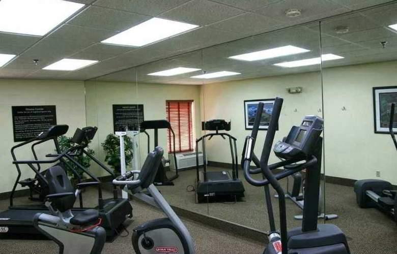 Hampton Inn Marion - Sport - 5