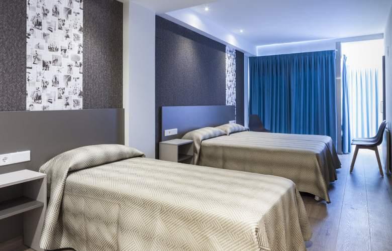 2 Sleep Estudios Benidorm - Room - 11
