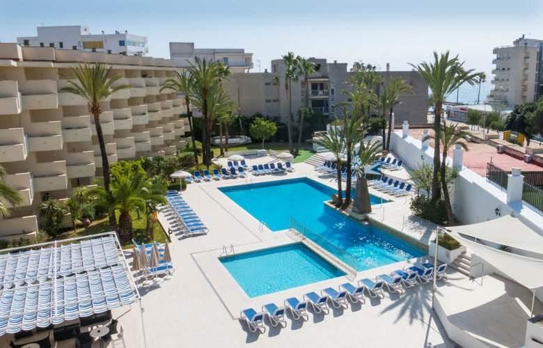 Globales Cala Bona Suites - Pool - 3