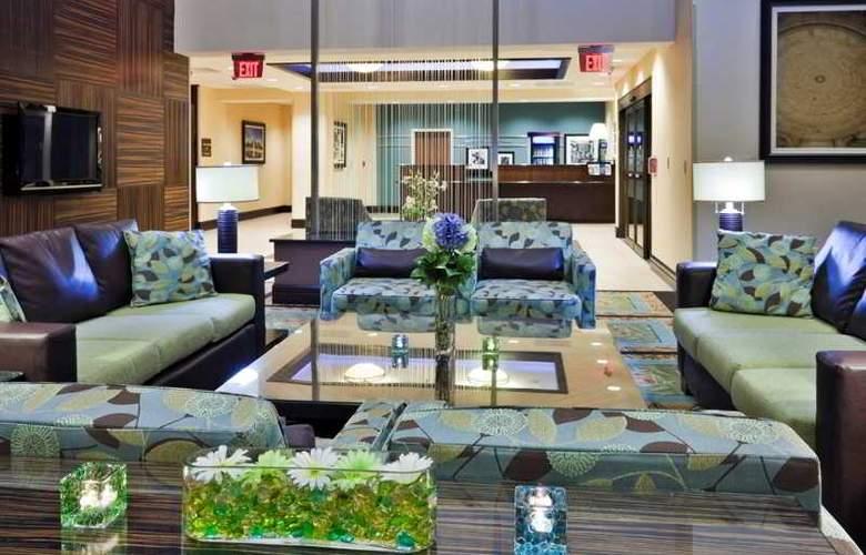 Hampton Inn & Suites National Harbor Alexandria Area - General - 14