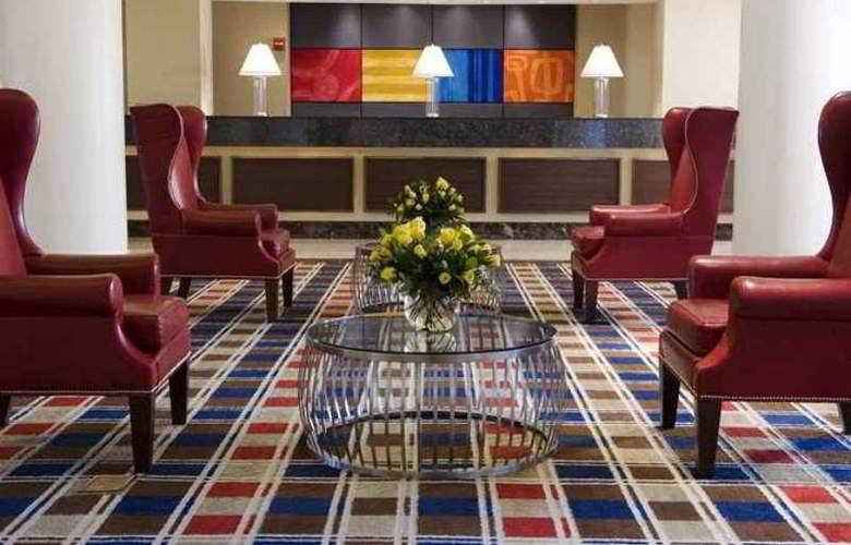 Hilton Meadowlands - Hotel - 1