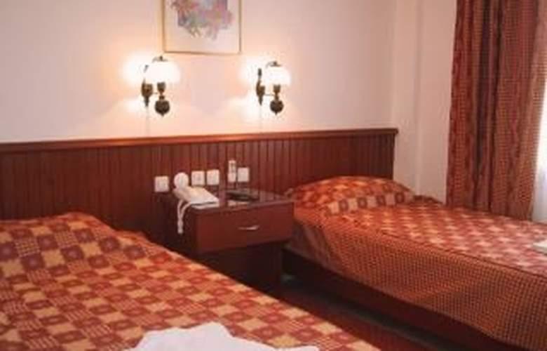 Reishan Apartment - Room - 2