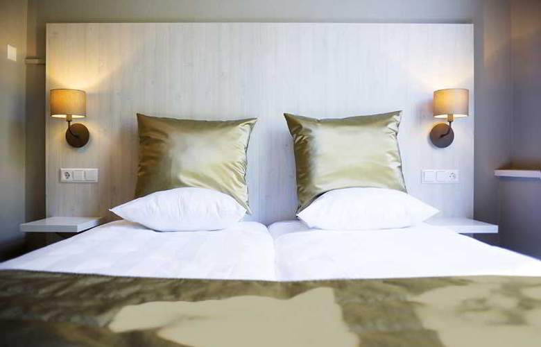Apple Inn Hotel - Room - 9