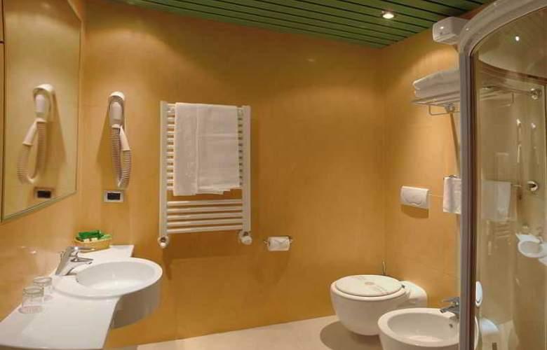 ALFA FIERA HOTEL - Room - 6