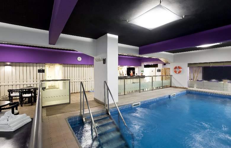 Republica Wellnes & Spa - Pool - 6