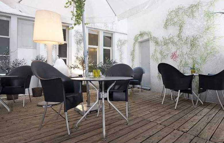Plattenhof Hotel - Terrace - 17
