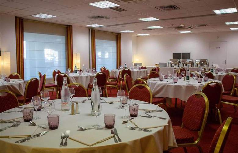 Mercure Thalassa Port Fréjus - Hotel - 60