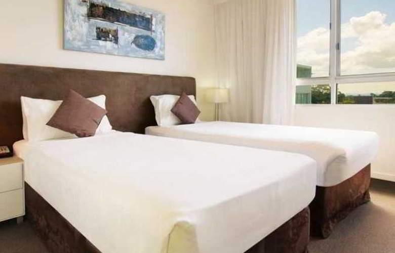 Oaks Lure Apartments - Room - 4