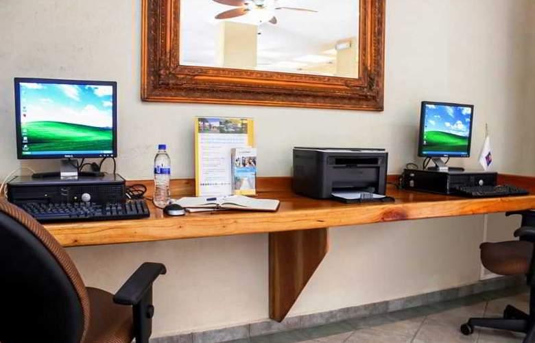 Comfort Inn Tampico - Hotel - 5
