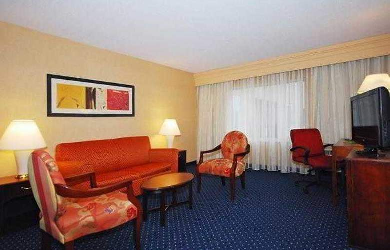 Courtyard Boston Raynham - Hotel - 9