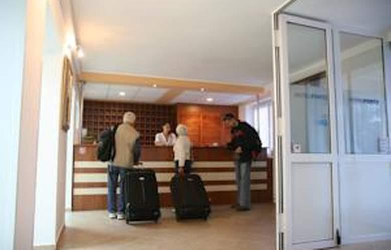 Porto - Hotel - 2