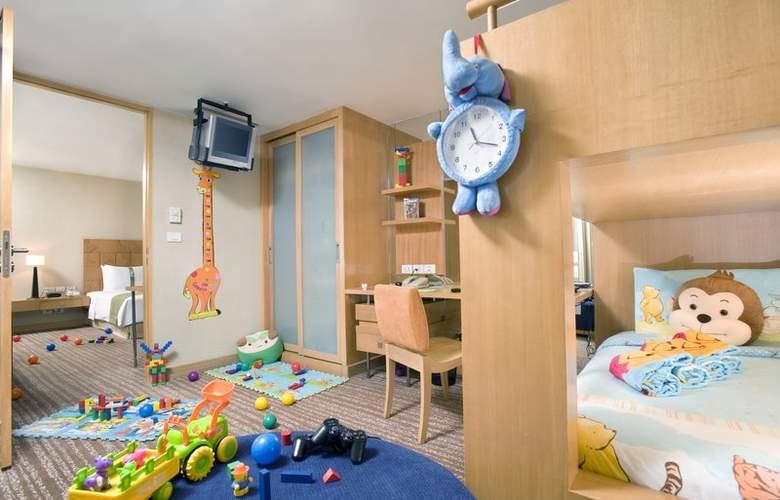 Holiday Inn Bangkok - Room - 10