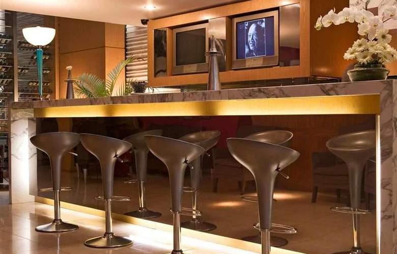 Mercure Curitiba Centro - Bar - 21