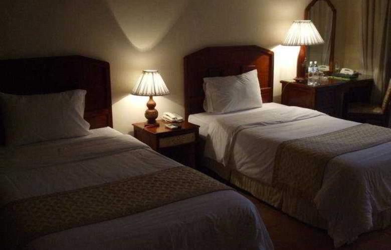 Lang Co Beach Resort - Room - 5