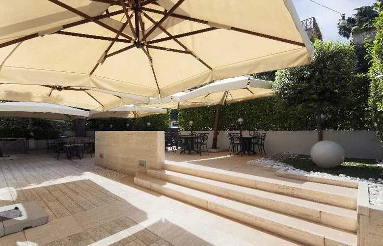 NH Leonardo Da Vinci Rome - Terrace - 44