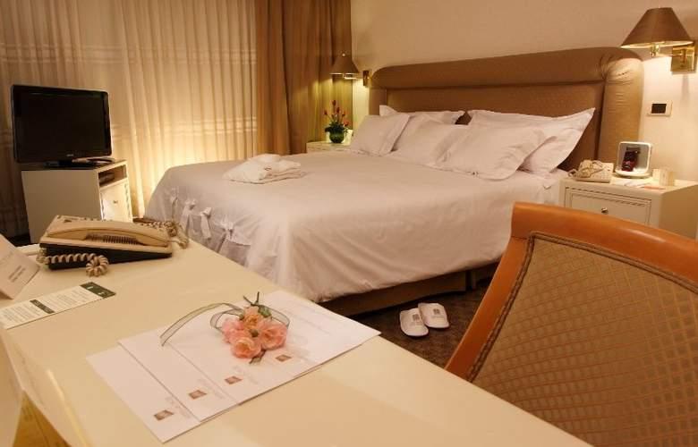 Suites del Bosque - Room - 8