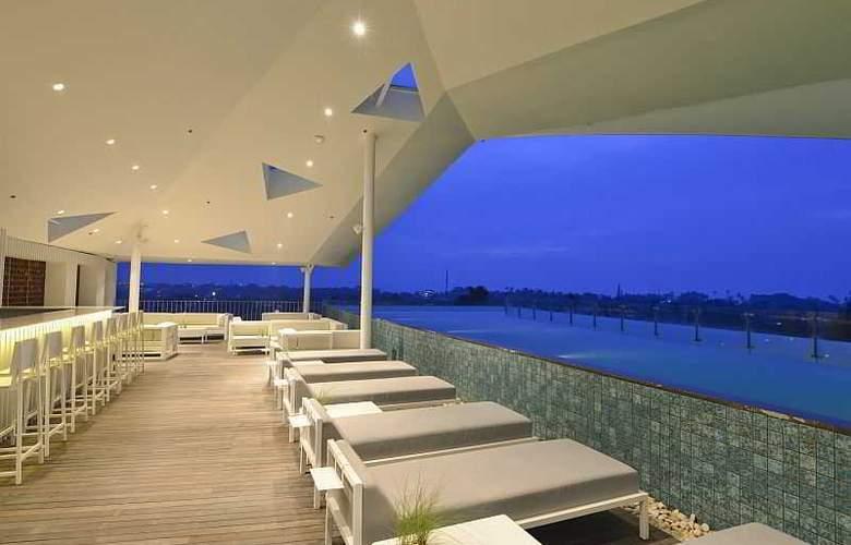 IZE Seminyak Bali - Terrace - 6