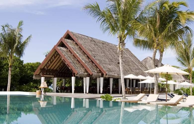 Lux South Ari Atoll - Pool - 17
