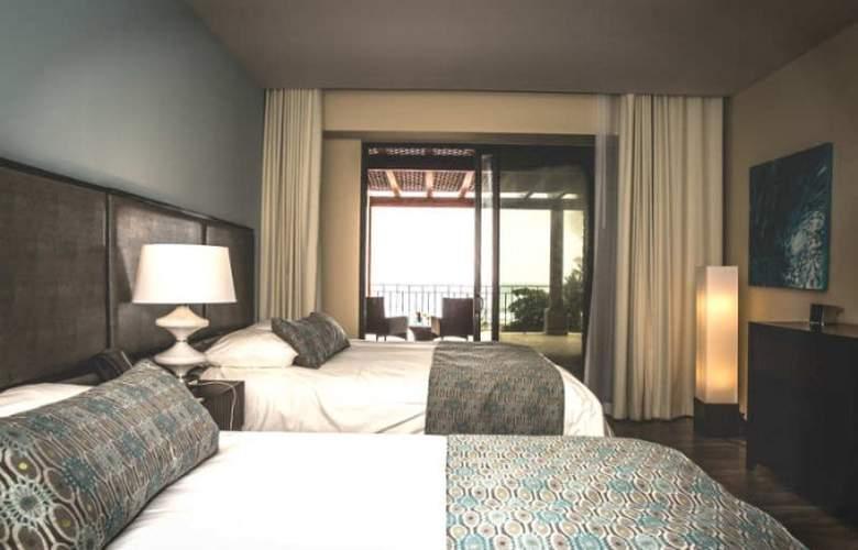 Croc's Casino & Resort - Room - 5