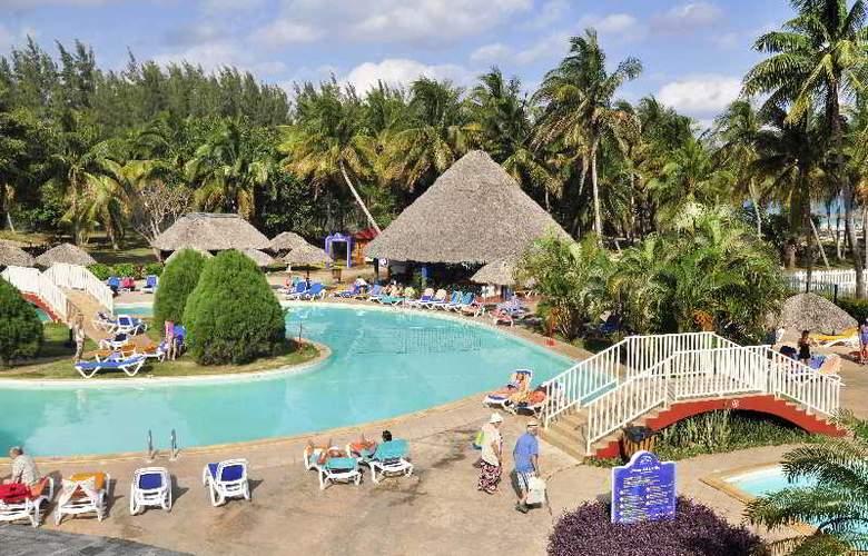 Brisas del Caribe - Pool - 13