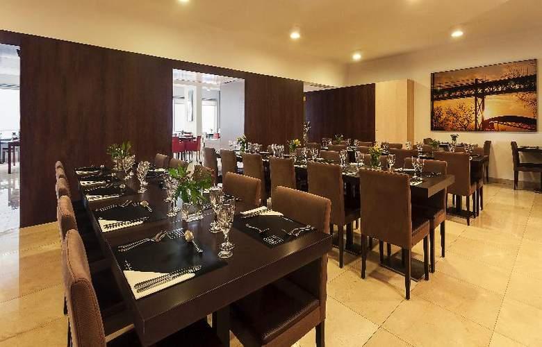 HF Fenix Urban - Restaurant - 11