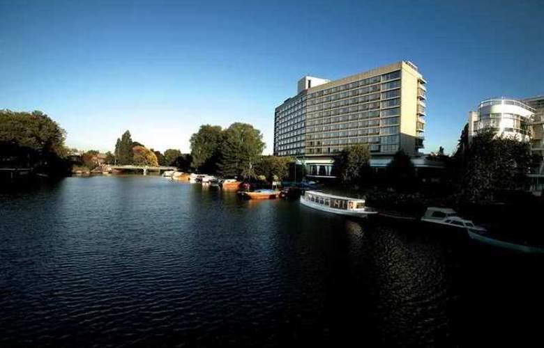Hilton Amsterdam - Hotel - 11
