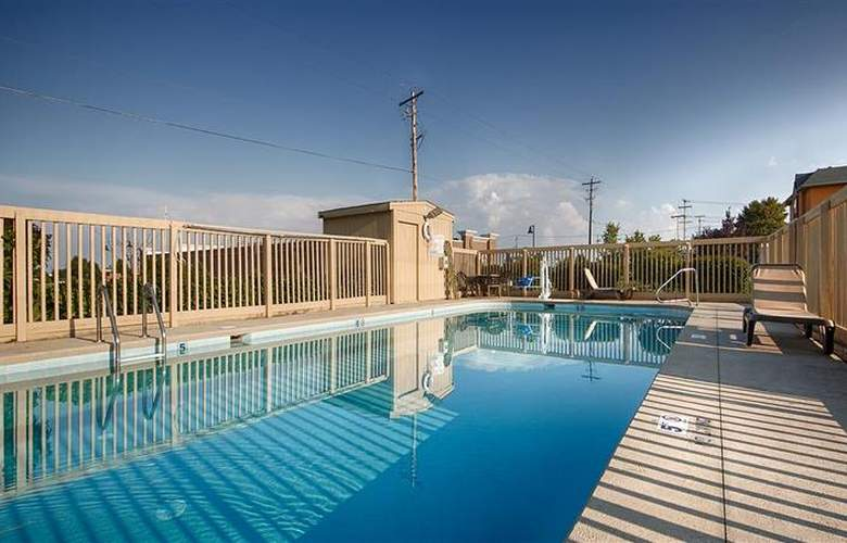 Best Western Executive Inn - Pool - 21